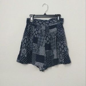 Top shop flowy shorts